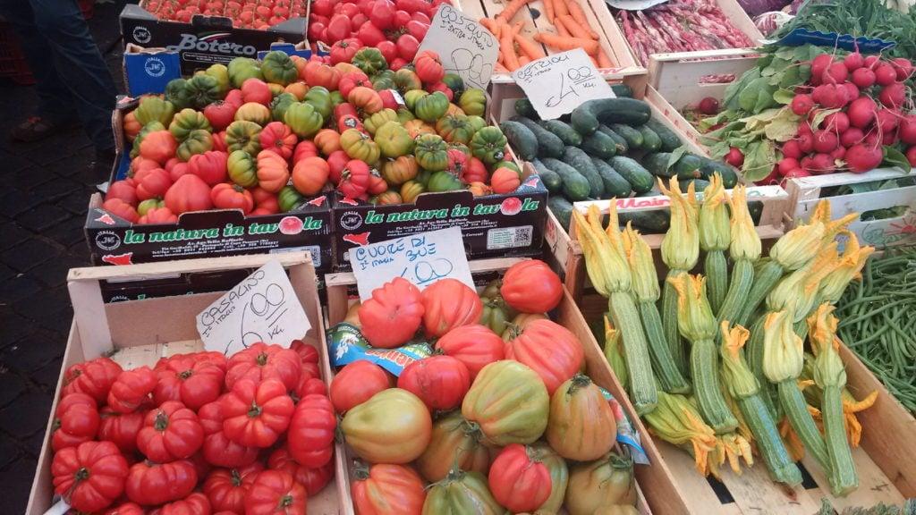 Market Tomatoes_19_1