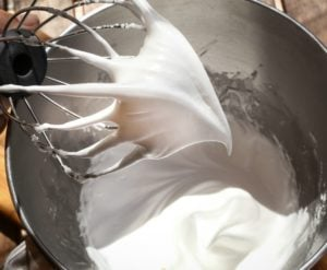 whisk egg white