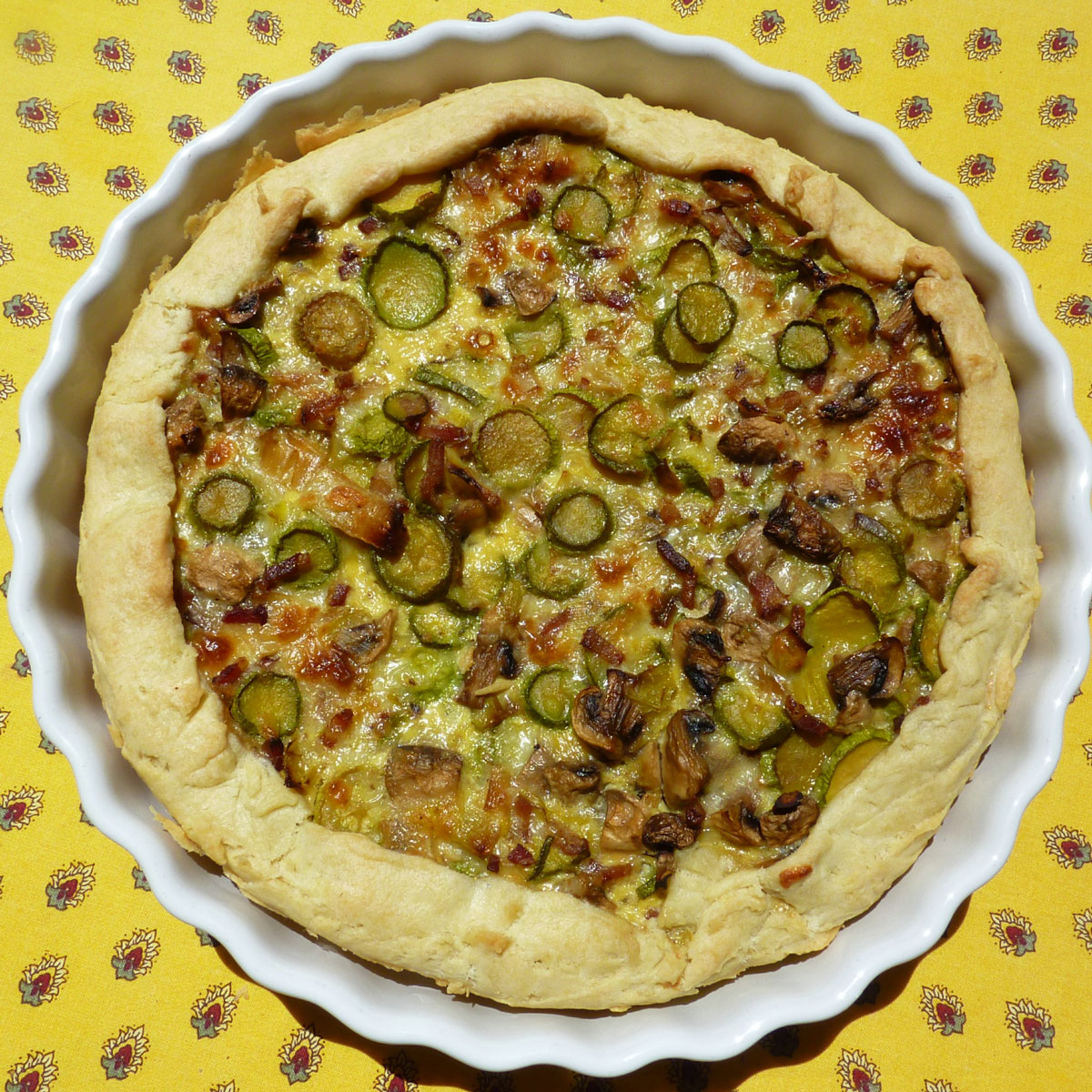 Quiche courgette and mushrooms