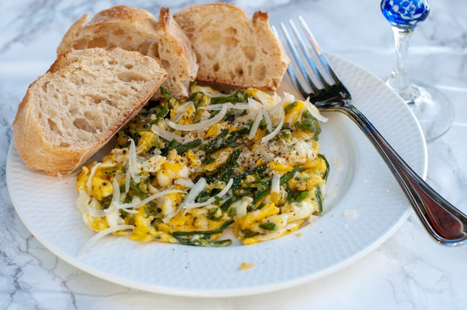 wild asparagus with eggs and parmesan