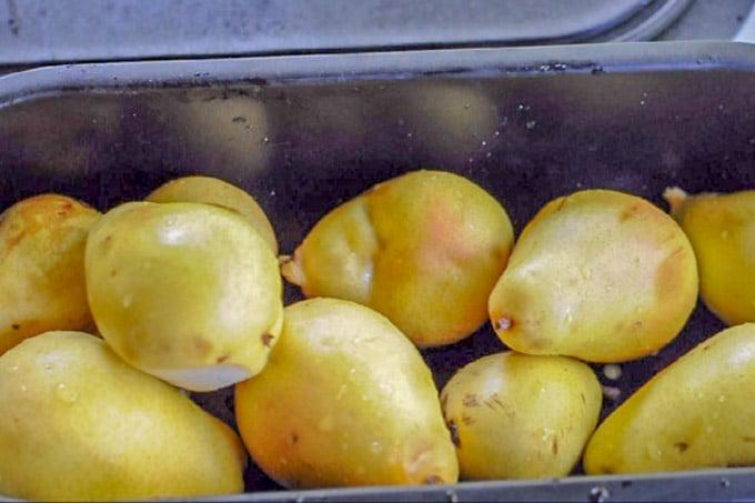 Overripe pears