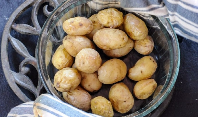 potatoes cooked in the microwave