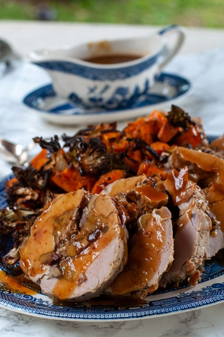 Stuffed pork tenderloin with chestnuts and cranberries