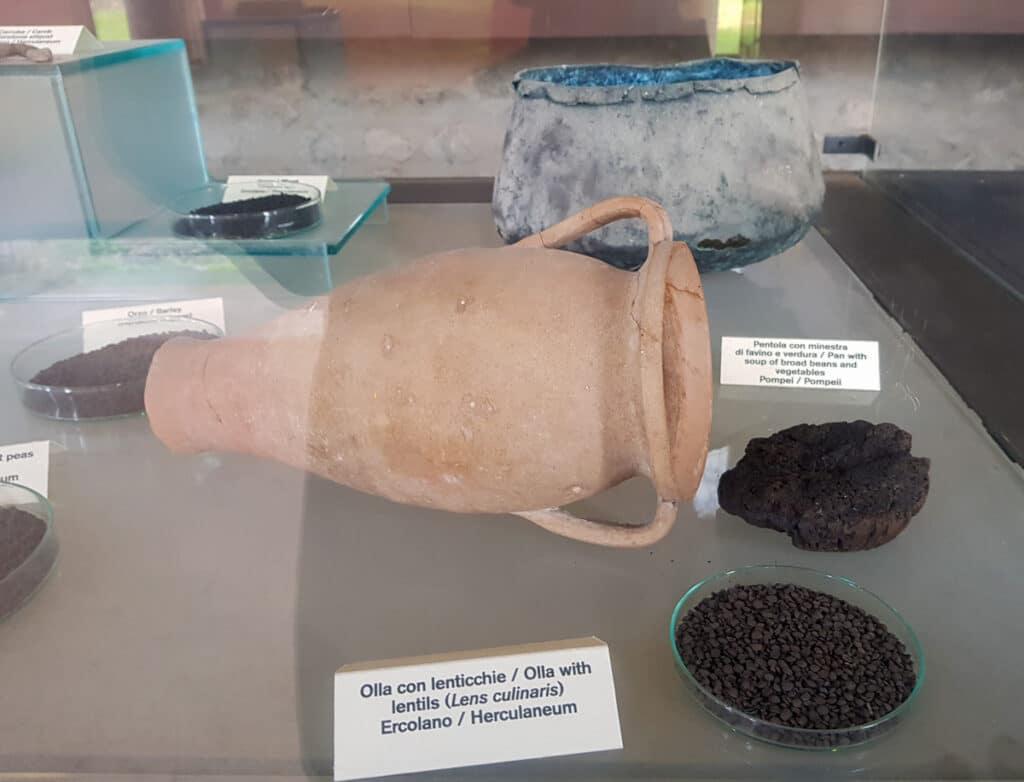 ancient roman food found in Pompeii