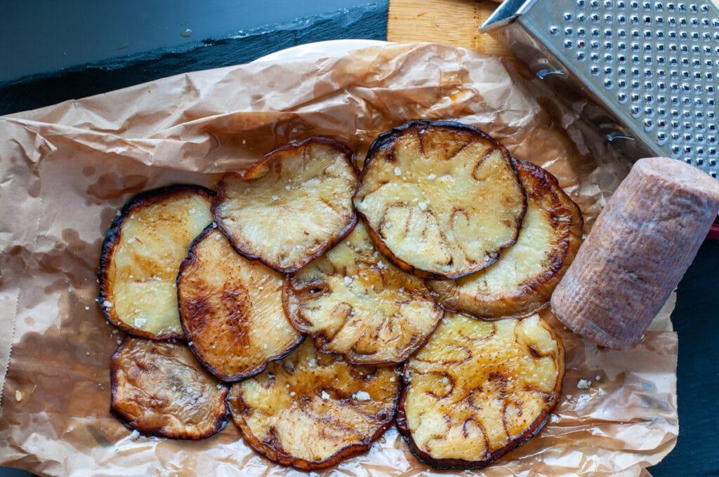 Freid eggplants and salted ricotta