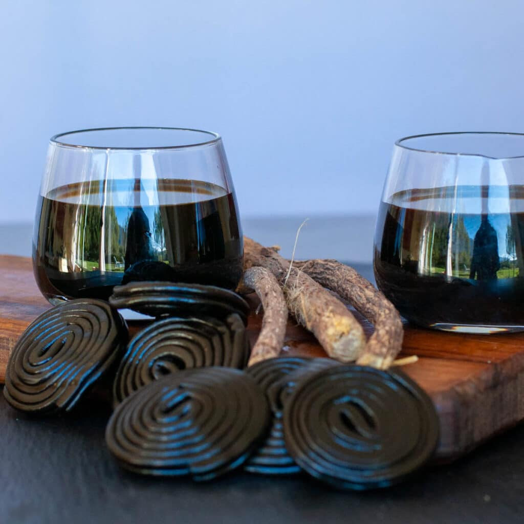 Licorice liqueur served in small glasses