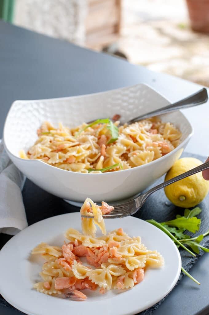bow tie pasta with smoked salmon